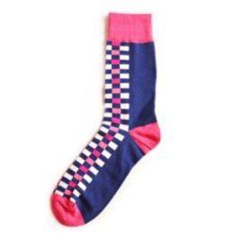 rózsaszín kockás zokni